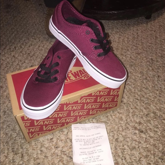 c1617ccb24aa44 Youth vanz shoes unisex. NWT. Vans